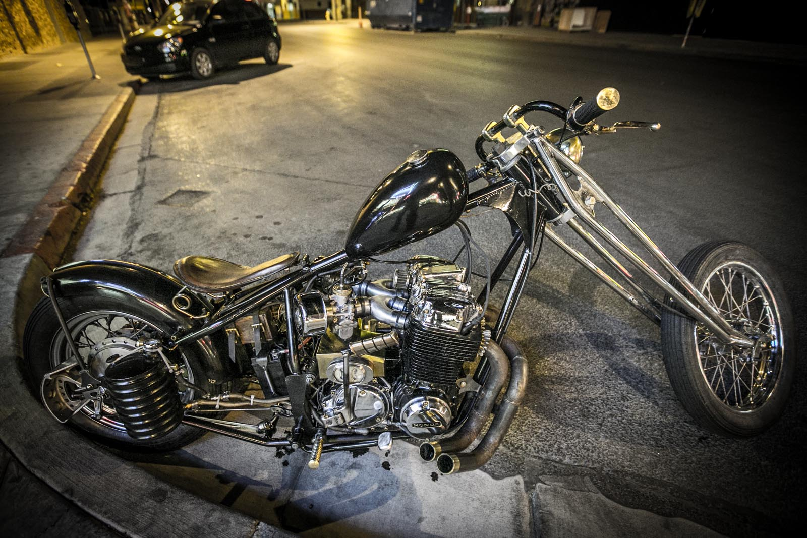 Brandon's homemade Honda CB750 chopper. Click for more details.