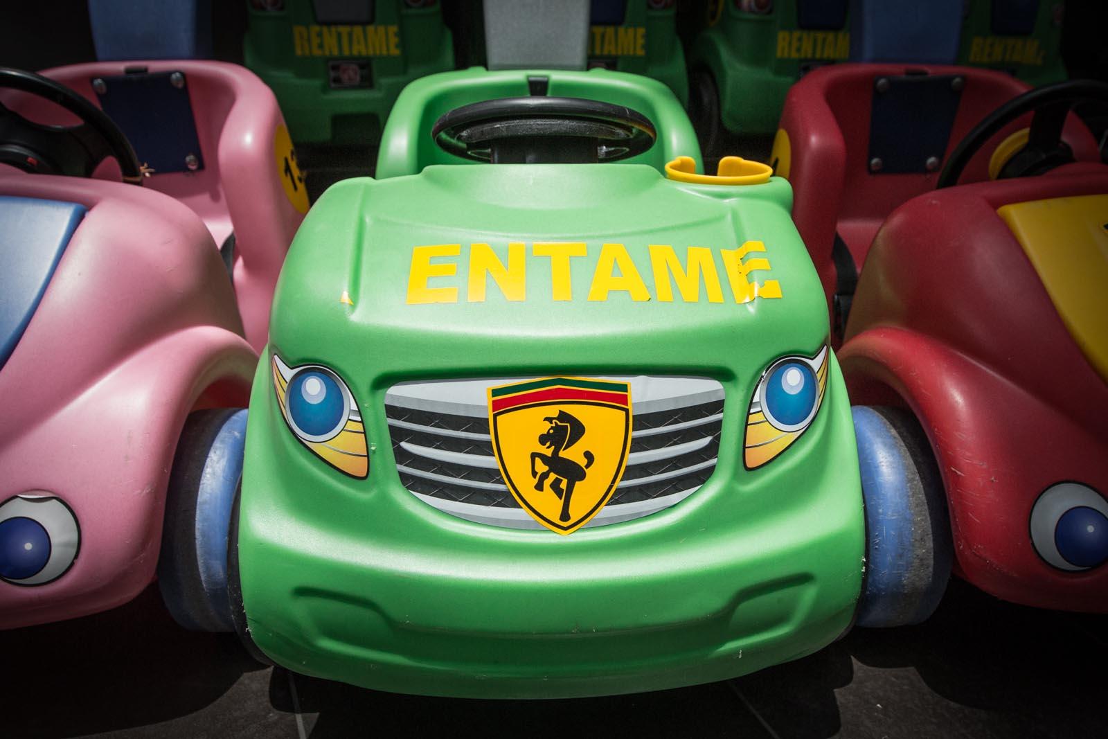"""""""I'm a Ferrari Pony, rent me!"""""""