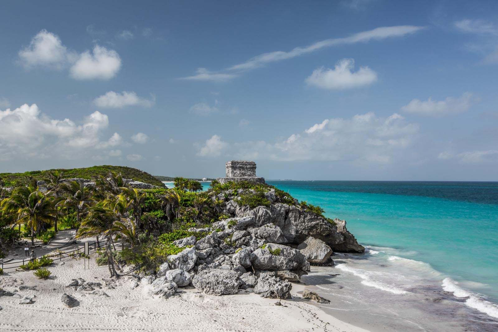 Beautiful view at the beachside Mayan ruins in Tulum.